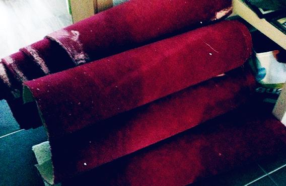 Der alte Teppich. schwangerschaftsgerecht entfernt ;)