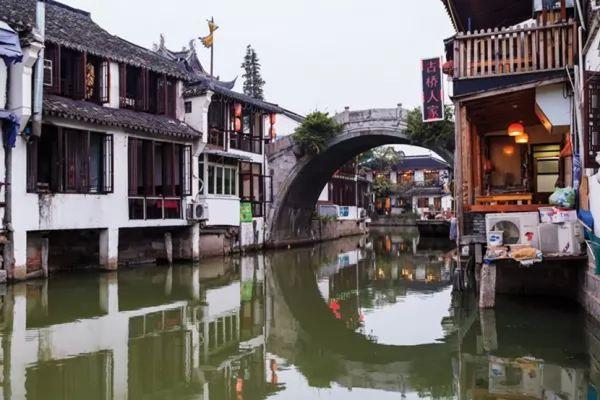 جودجيادجياو من افضل اماكن سياحية في شنغهاي