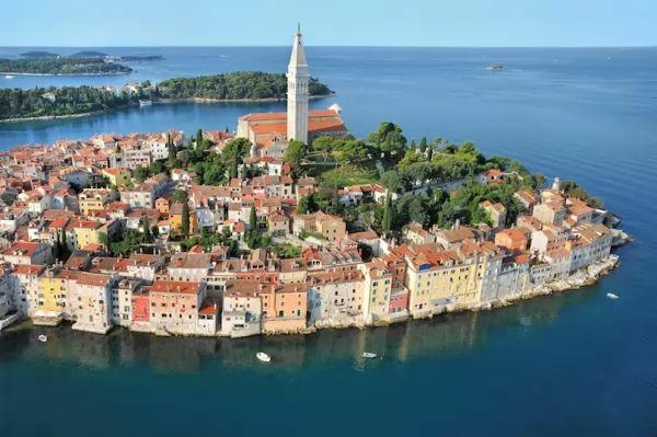 مدينة روفيني من اجمل اماكن سياحية في كرواتيا