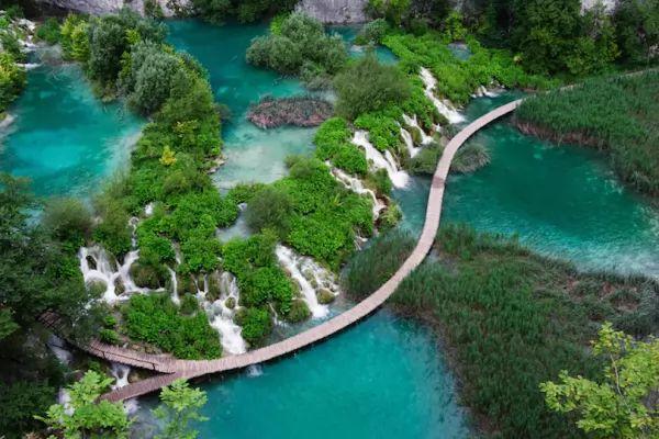 الحديقة الوطنية بليتفيس من اماكن سياحية في كرواتيا