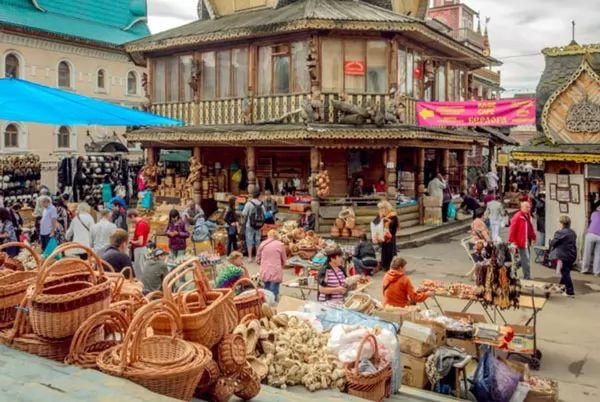 سوق إزميل فو موسكو