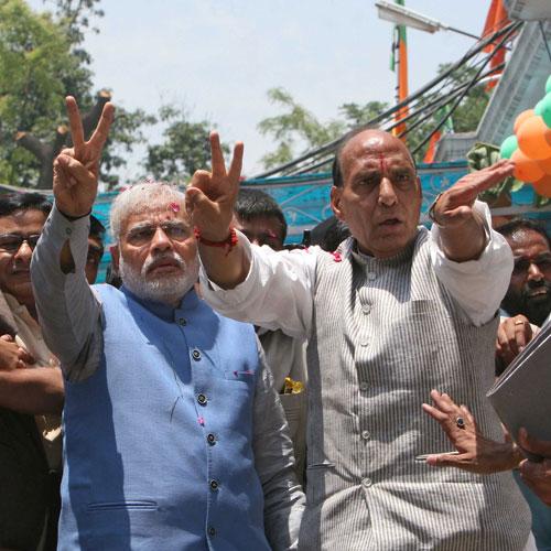 मोदी का ऎसा फरमान की राजनाथ को भी राहत नहीं NEWS pmo strikes down rajnath other ministers choice of private secretaries