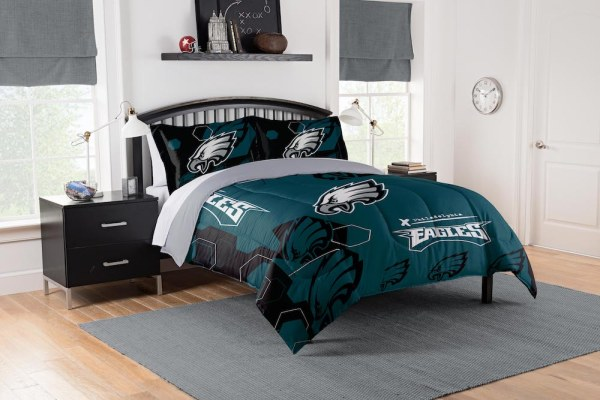 Philadelphia Eagles King Size Comforter And 2 Shams