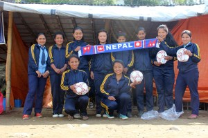 GoalNepal, Child Reach Nepal Start Distributing Footballs To Earthquake Hit Schools - Khel Dainik