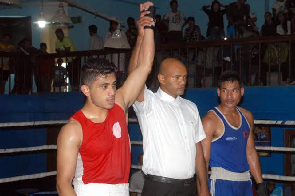 2073 04 16 Boxing semifinal 69 kg ma red Anish Shrestha Banuj vs  Blue dipesh Dhimal TAC Lai TKO adhar ma jiteko   Photo rajendra