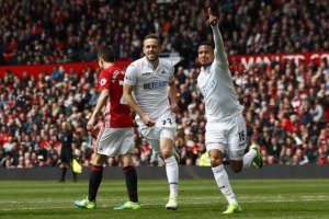 United held at home by Swansea after Sigurdsson strike - TexasNepal