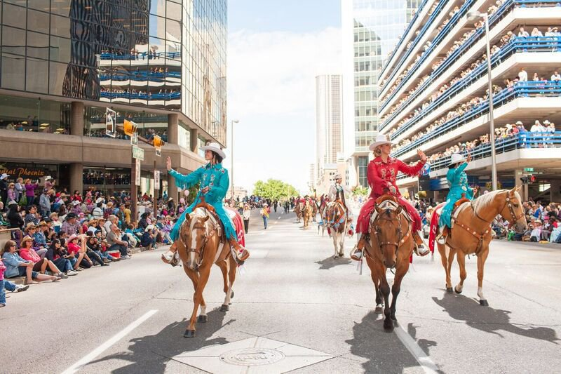 Calgary  discover the cool Gateway to the Canadian Rockies