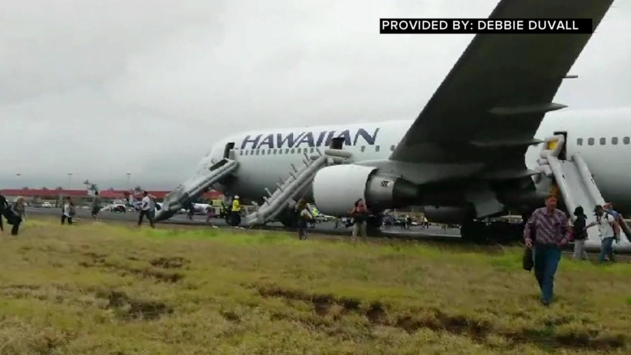 hawaian airlines emergency landing kahului debbie duvall_94404
