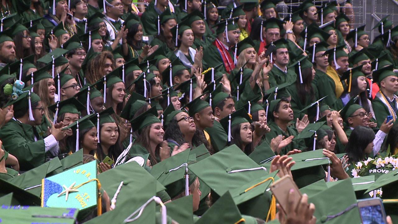 UH Graduation 2015_95105