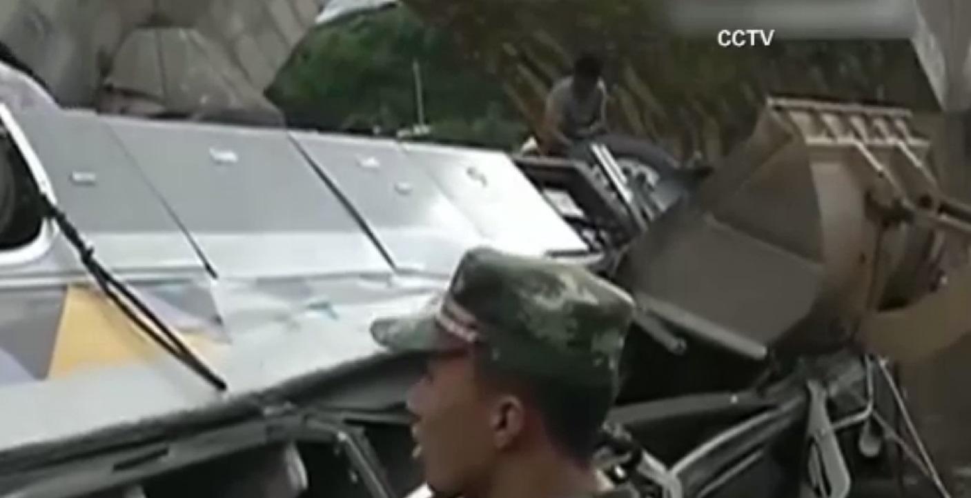 china bus crash_103426