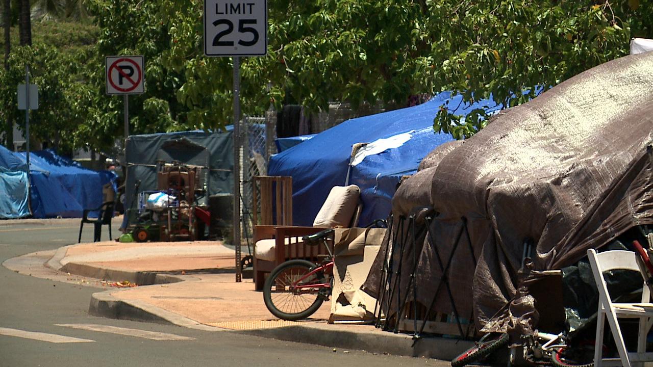 kakaako homeless_103946