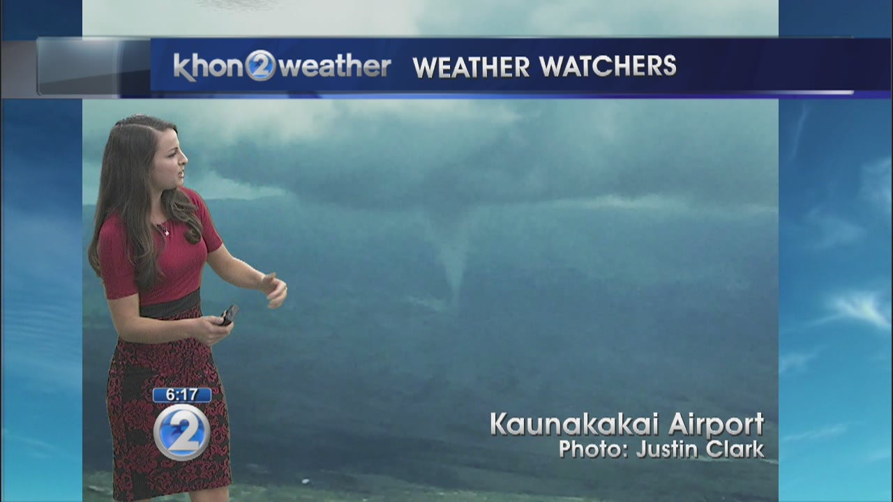 Funnel cloud forms over Molokai