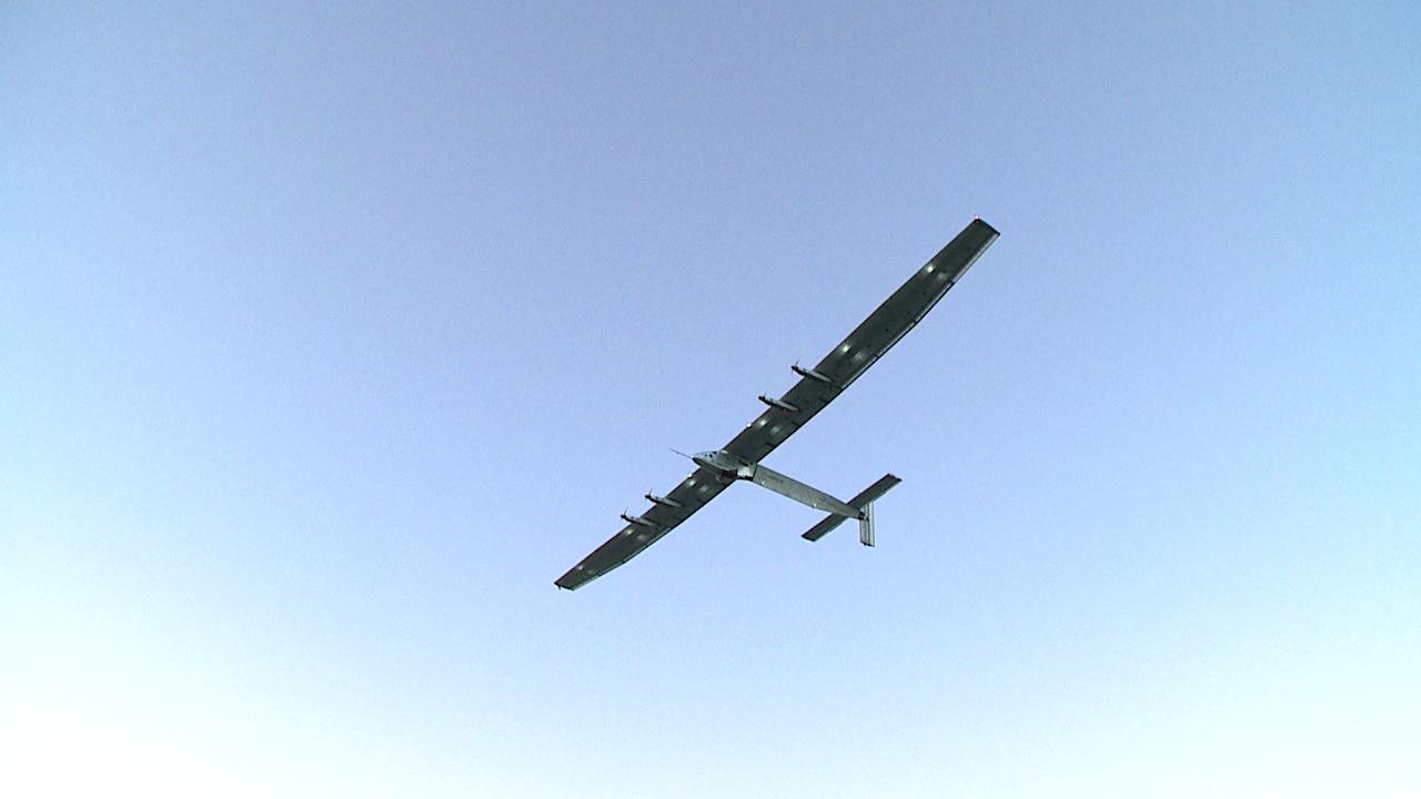 solar impulse 2 departure (1)_153512