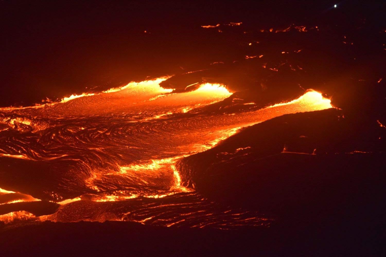 kilauea lava courtesy kris burmeister_168044