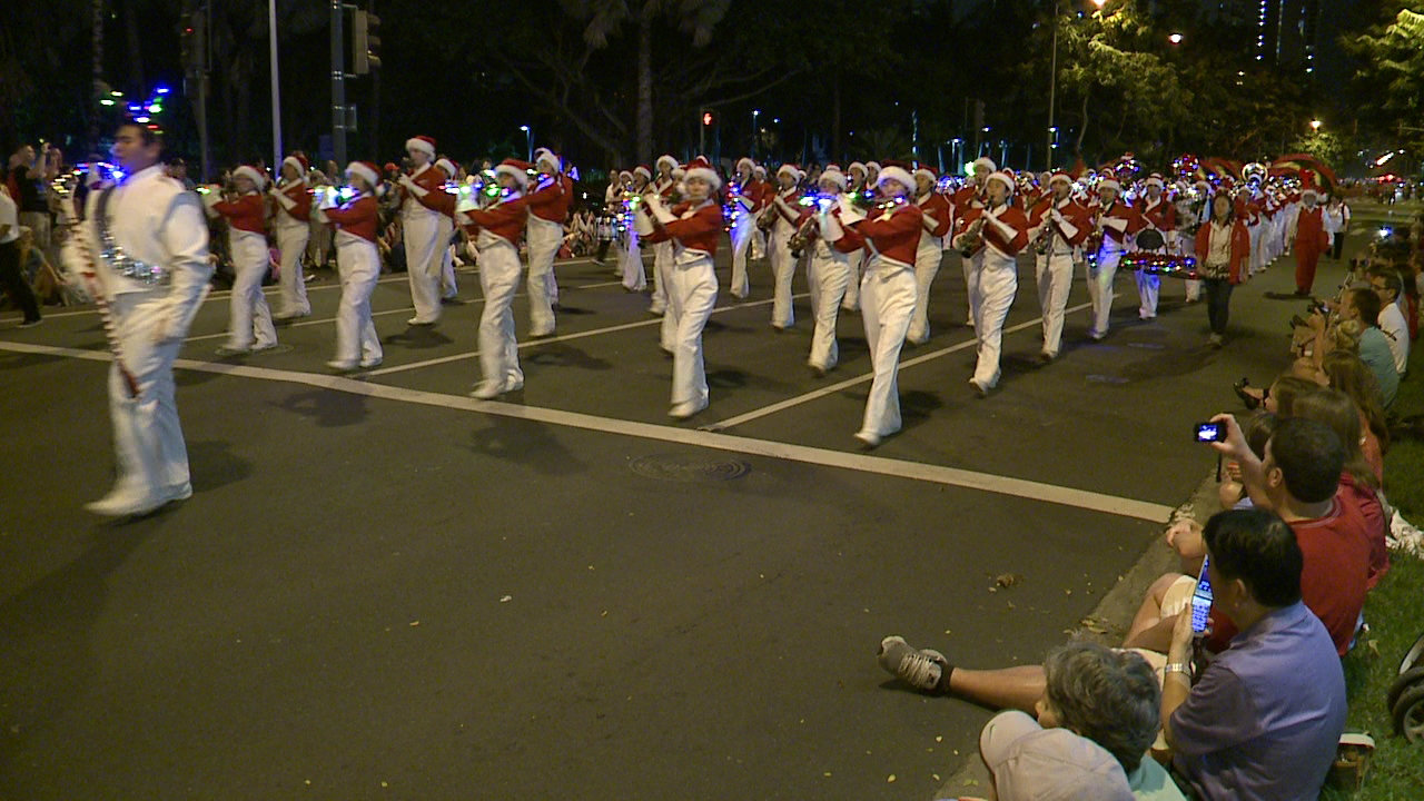 waikiki-holiday-parade_185124