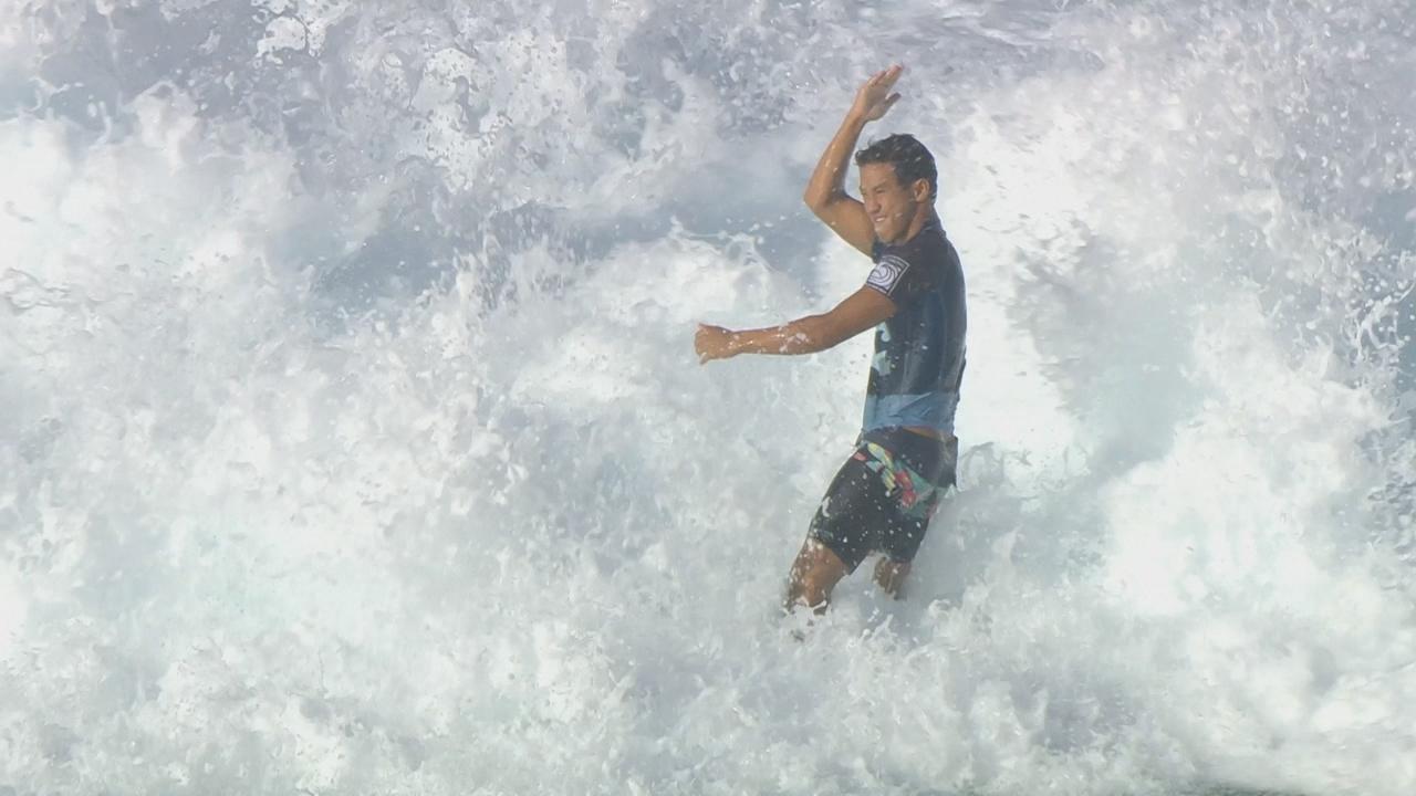 Honolulu's Seth Moniz prepares for rookie season on WCT in 2019