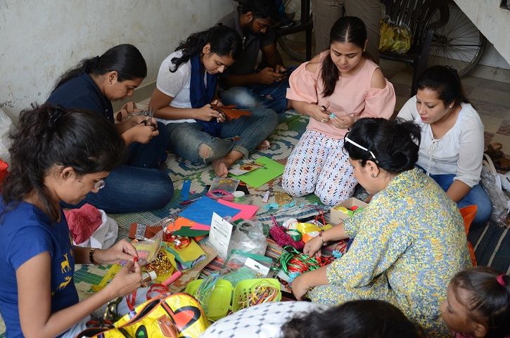 Khushiyan Rakhi Workshop at Jan Manthan Adhikar, Gurgaon