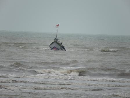 225 Nelayan Hilang di Laut Tanpa Jaminan