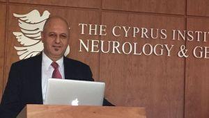 Καθηγητής  Δρ.  Ο Şükrü Tuzmen εξήγησε τις επιστημονικές του μελέτες