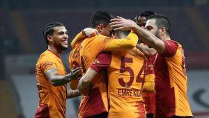 Ο ηγέτης Galatasaray κερδίζει σερί σε 8 παιχνίδια
