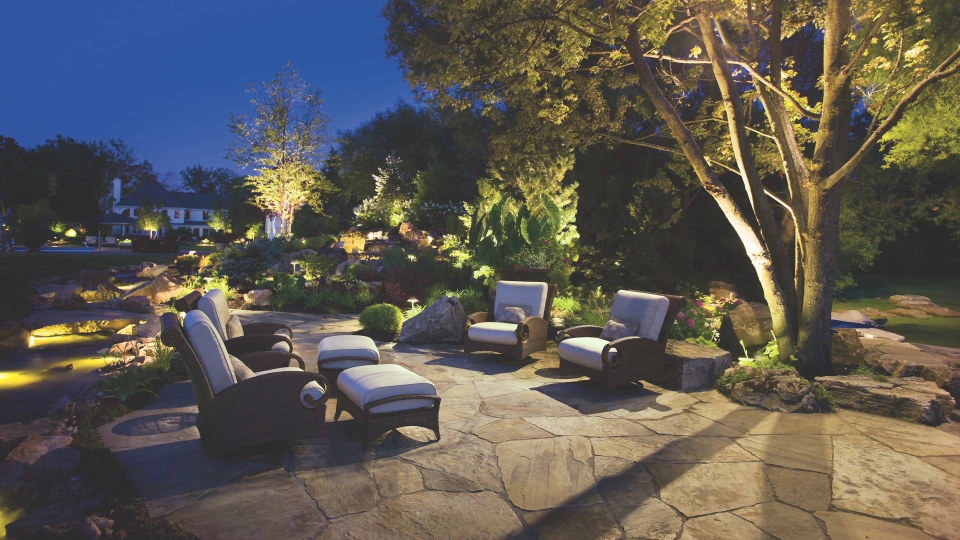 outdoor landscape lighting path