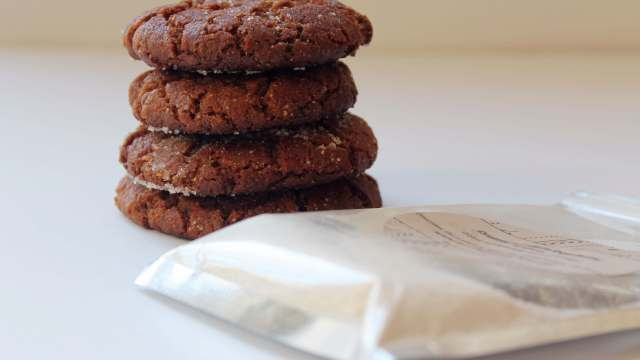 Peanut Butter Cookies | Kicking Back the Pebbles