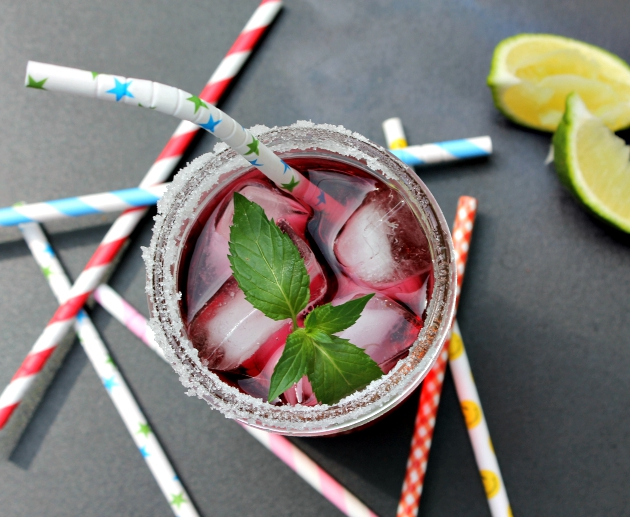 Cranberry Raspberry Iced Tea With Lime
