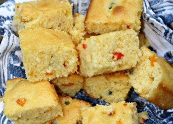 Sweet & Spicy Southwest Corn Bread