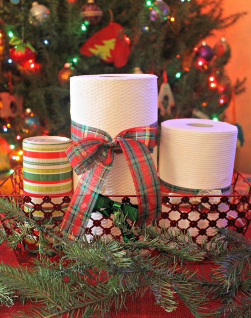 6 Tips For Stress Free Holiday Hosting #HolidayNecessities trio