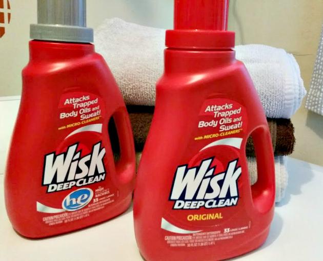 5 Laundry Hacks bottles
