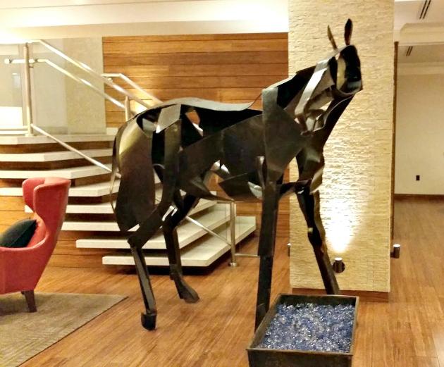 Hutton Hotel in Nashville  horse