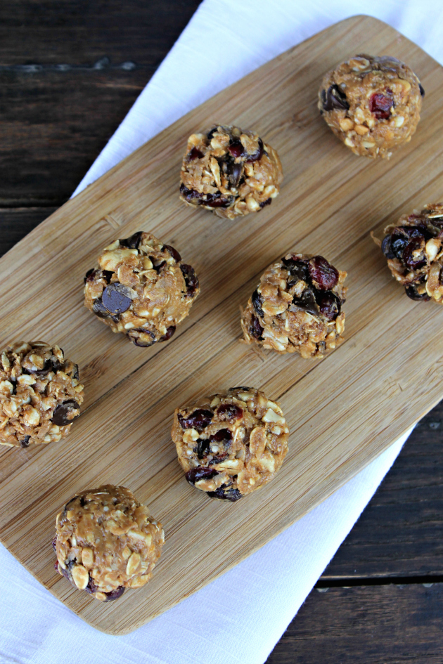 Nutty Chocolate And Cranberry Energy Bites 6