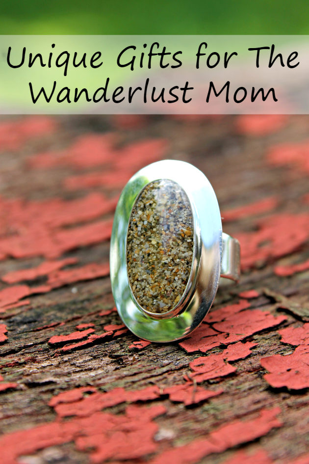 Are you looking for the perfect gift for the mom who travels? I bet she would love one of these 5 Unique Gifts for The Wanderlust Mom