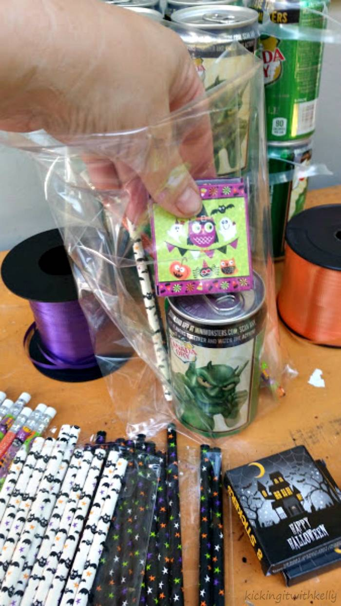 How To Make A Halloween Party Favor Bag filling supplies