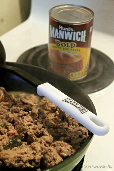 Manwich Sloppy Joe Taco Ring Recipe cooking