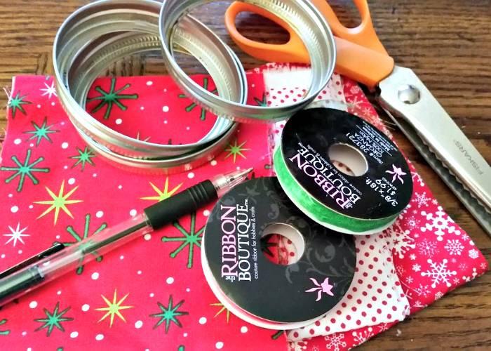 DIY Mason Jar Ring Fabric Wreath Ornaments supplies