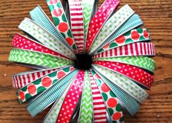 Washi Tape Mason Jar Lid Christmas Wreath finished
