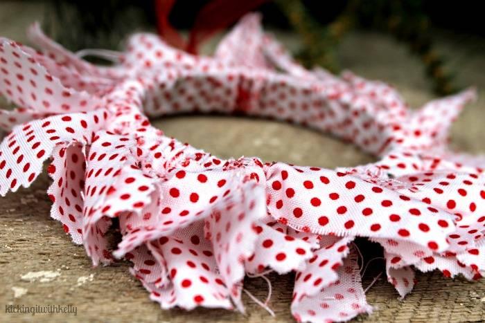 DIY Mason Jar Ring Fabric Wreath Ornaments fabric close