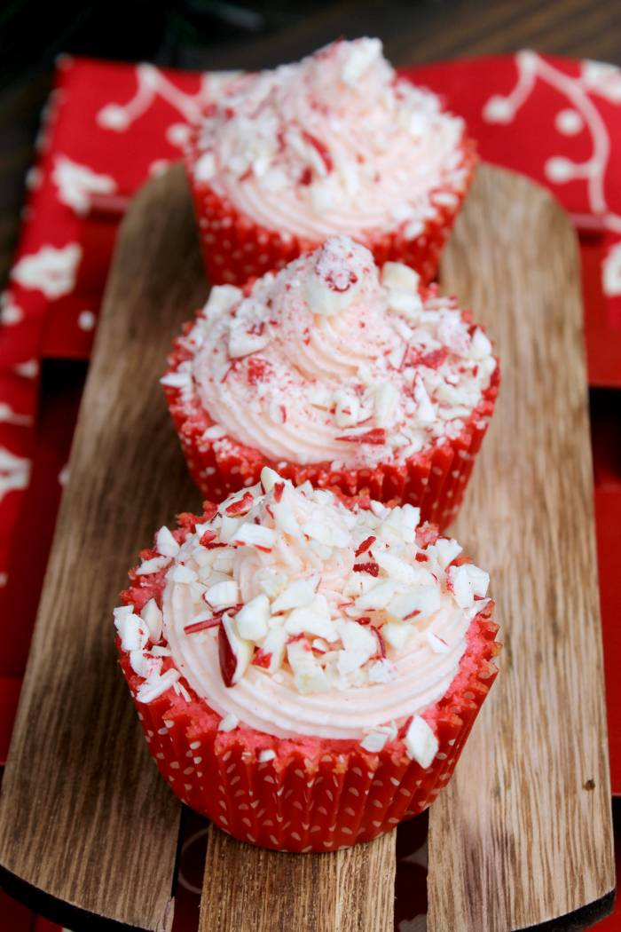 Candy Cane Cupcakes with Peppermint Buttercream Frosting 2