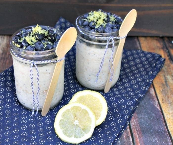 Skinny Lemon Poppy Seed Overnight Oats Recipe