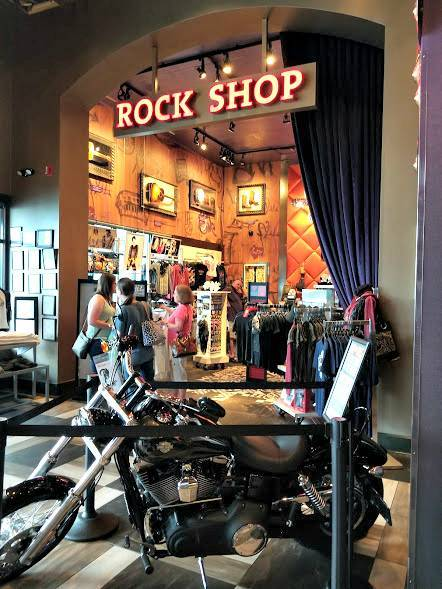 Hard Rock Cafe Pigeon Forge shop