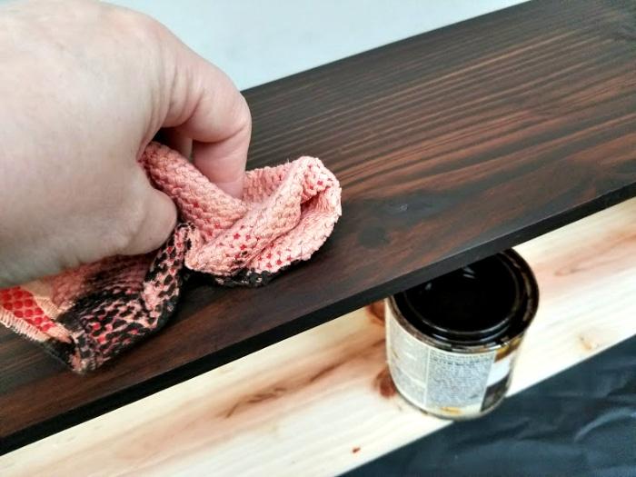 DIY Farmhouse Dining Table Centerpiece stain rag