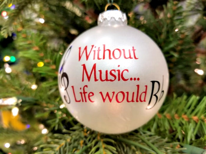 Turn Christmas Tree Ornaments Into Keepsakes With Personalized Ornaments For You 3