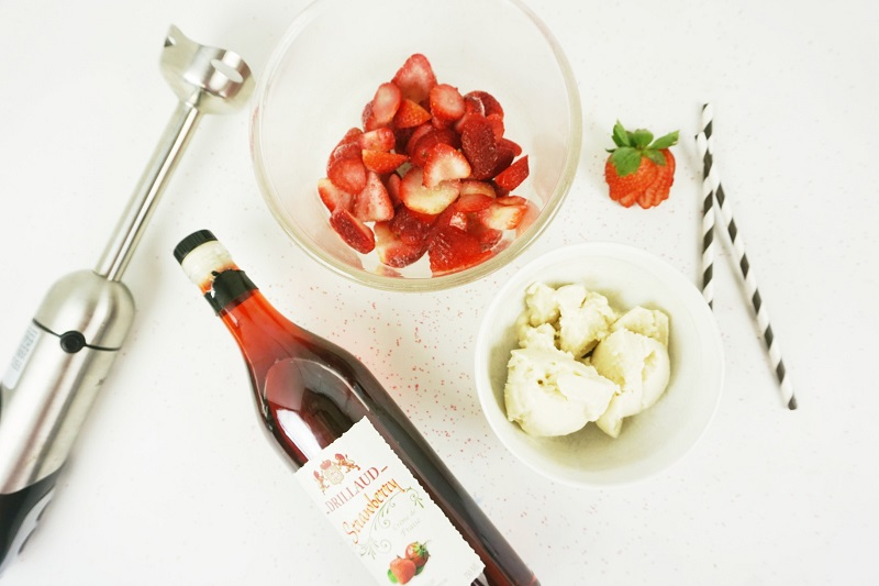 Boozy Vegan Strawberries And Cream Milkshake Recipe Ingredients