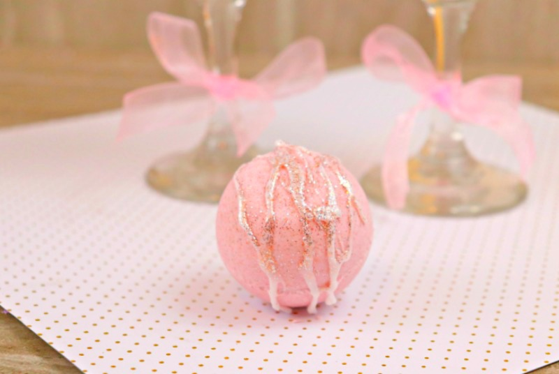 Frozen Pink Lemonade Cocktail Bath Bomb Recipe