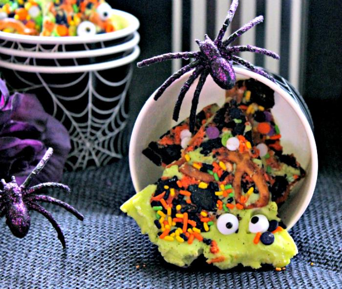 Spooky Halloween Candy Bark  3