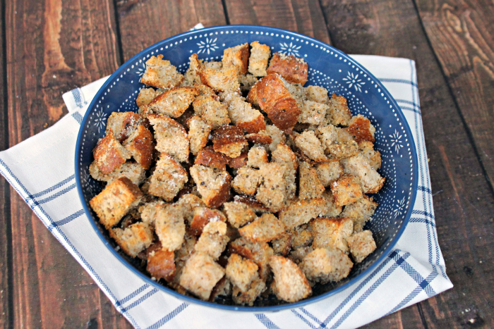 Homemade Whole Wheat Parmesan and Herb Croutons 3