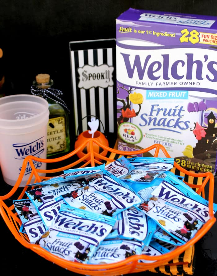 4 Simple Ways To Have A Family Friendly Halloween Party 5