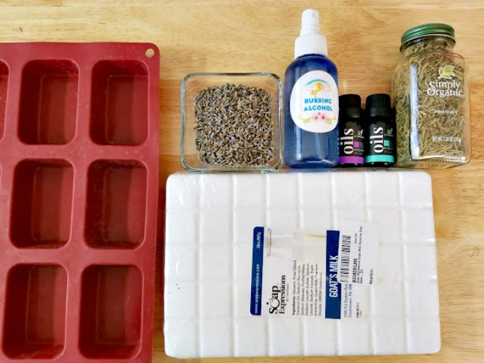 Lavender And Herb Essential Oils Soap Recipe ingredients
