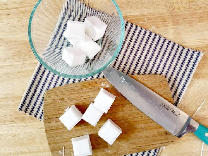 Rosemary And Vanilla Goats Milk Soap Recipe step2